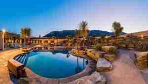 Oakridge Resort heated outdoor pool Lake Wanaka