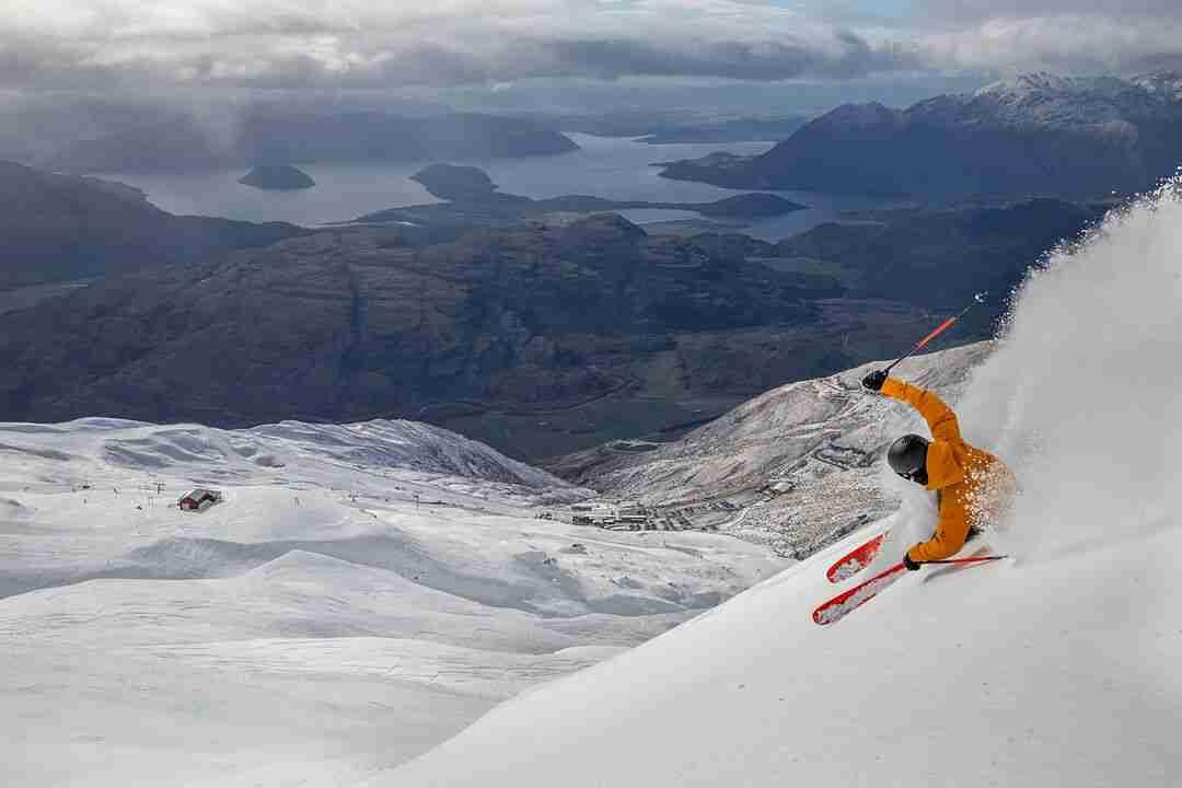 Skiing at Treble Cone